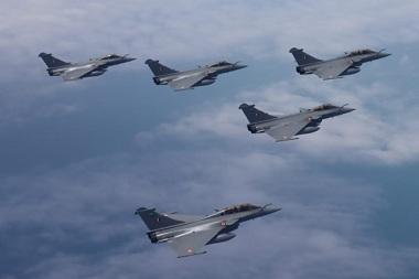 Landing of First Batch of 5 Dassault Rafale